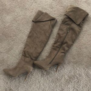 NEW******Forever suede knee high boots
